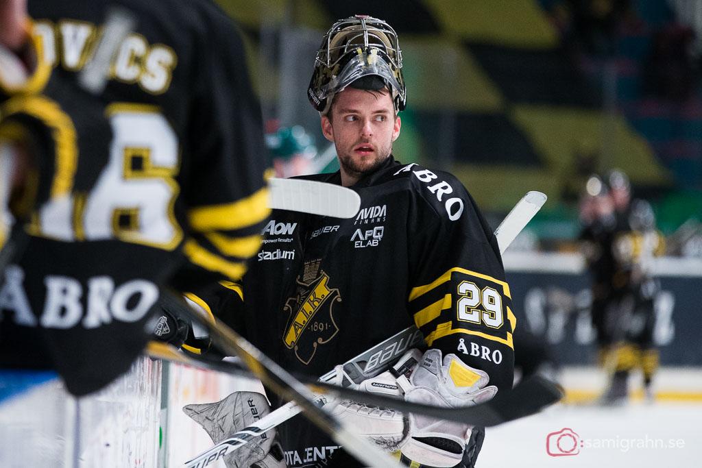 AIK målvakt Gustav Lindwall utan mask